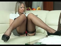 Show videos in category Upskirts