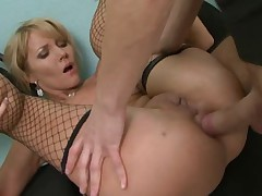 Blonde Milf Zlata in Anal Action